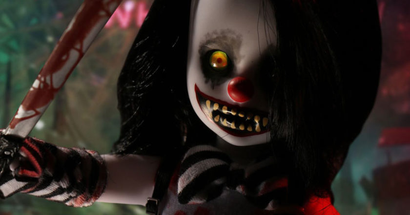 A close up of the face of the Living Dead Dolls Cuddles variant