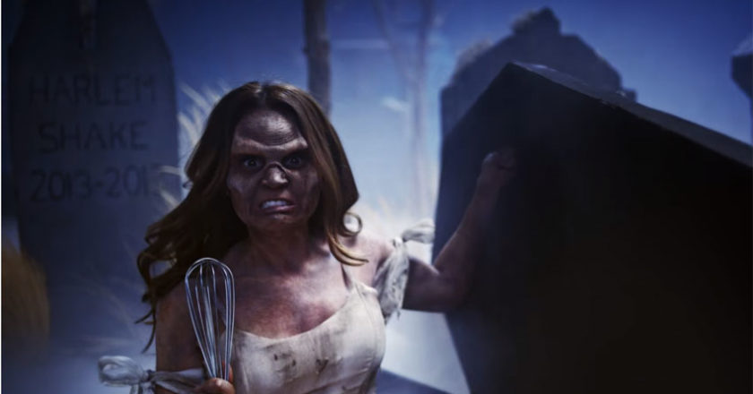 Rosanna Pansino as a zombie in the 2017 YouTube Rewind video.