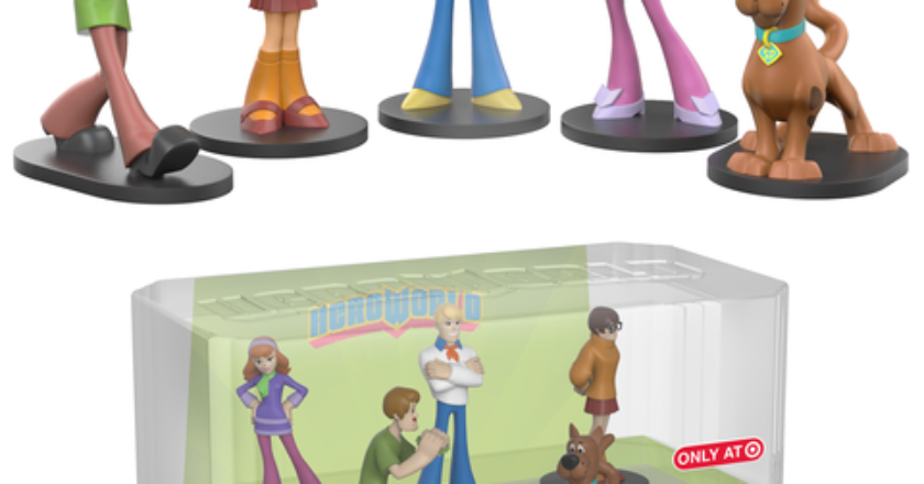 5 pack of HeroWorld figures feature Shaggy, Thelma, Fred, Daphne, and Scooby-Doo